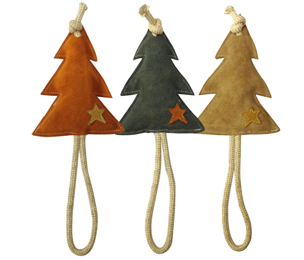 Pet-London-Christmas-Tree-Toys-1.jpg